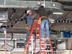 Бригада монтажников систем вентиляции